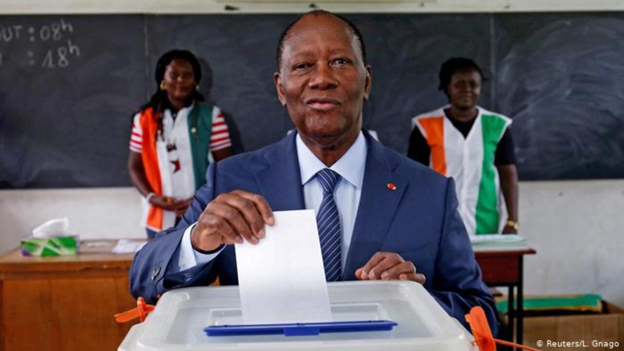 Ouattara Côte d'Ivoire en quête d'un 3e mandat lors d'un scrutin émaillé d'incidents